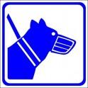 Naklejka Pies w kagańcu
